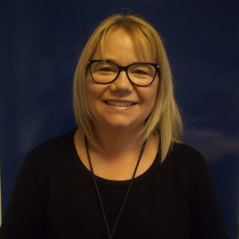 Lynsey Mitchell, Principal